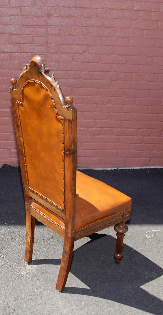 Set antique italian hand carved dining room chairs for Antique dining room chairs