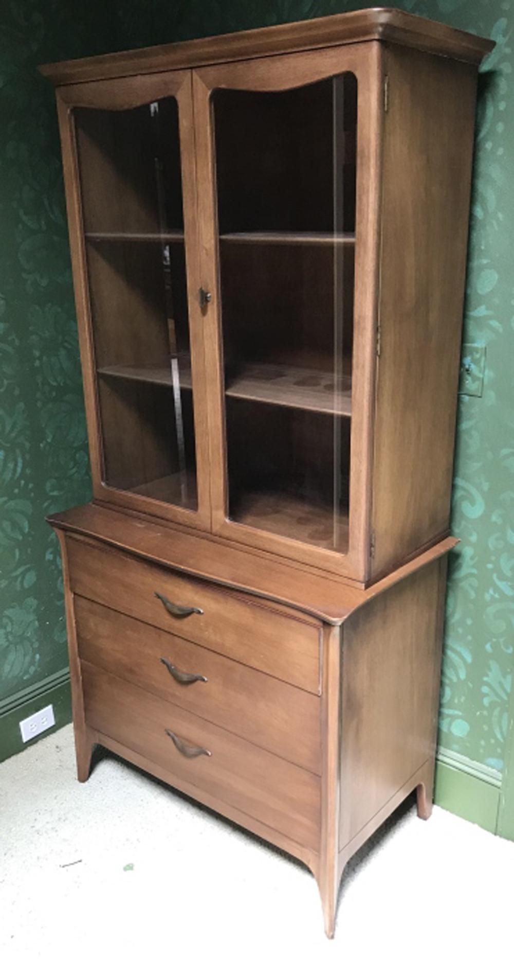 Picture of: Sold Price Mid Century Modern China Cabinet By Drexel Invalid Date Edt