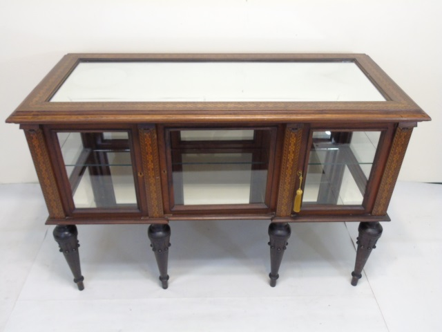 Antique 19th c vitrine table high victorian style for Table vitrine