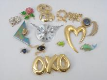 Assorted Vintage Gold Tone Costume Jewelry