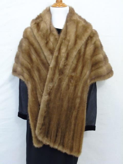 Vintage Silk Lined Light Brown Mink Stole / Wrap