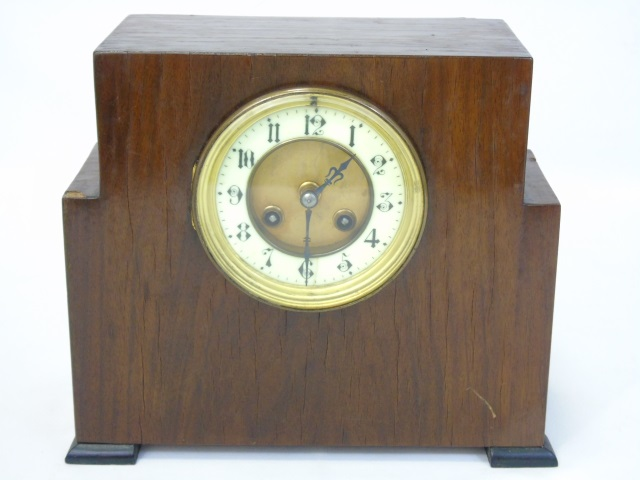 Vintage Mahogany Veneered Mantel Clock