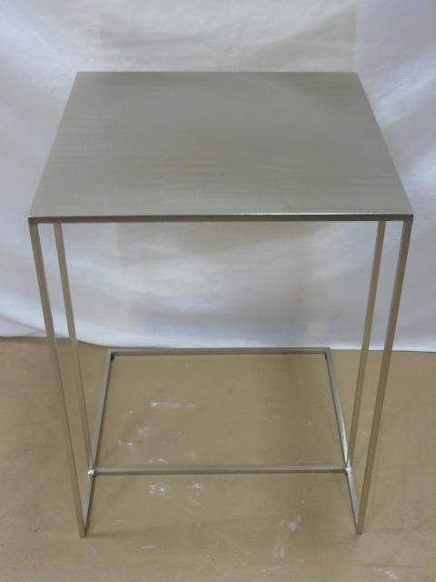 Minotti Contemporary Modern Metal End Table