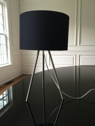 Contemporary Modern Tripod Table Lamp w Drum Shade