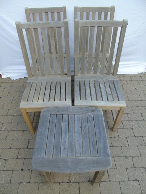 4 Contemporary Teak Outdoor Chairs & End Table