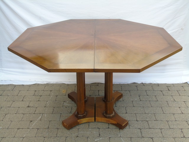 Contemporary Pedestal Base Dining Table w 3 Leaves