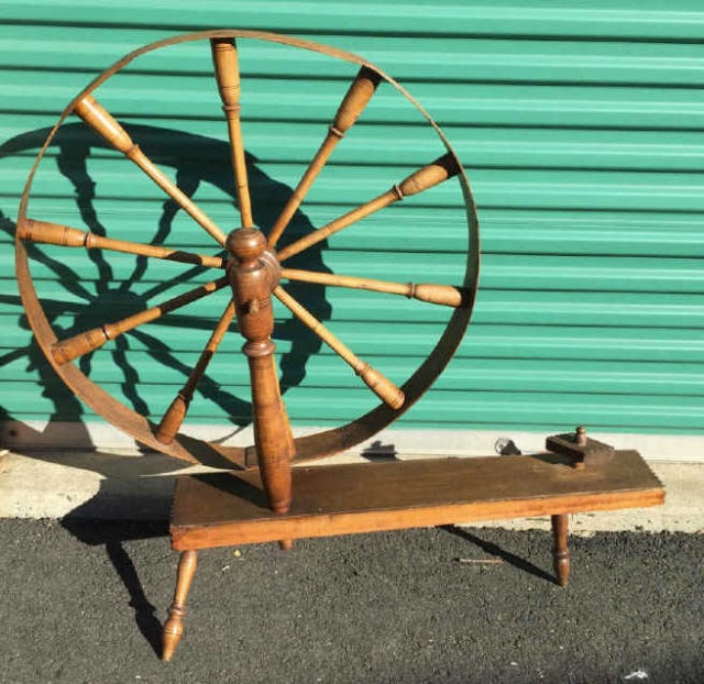 Antique American 19th C Spinning Wheel