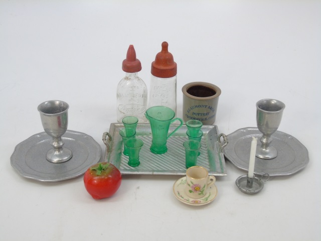 Antique Dollhouse Miniature Kitchen & Accessories