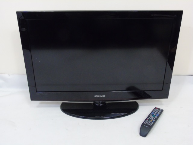 Samsung Flatscreen 32 Inch Screen Television