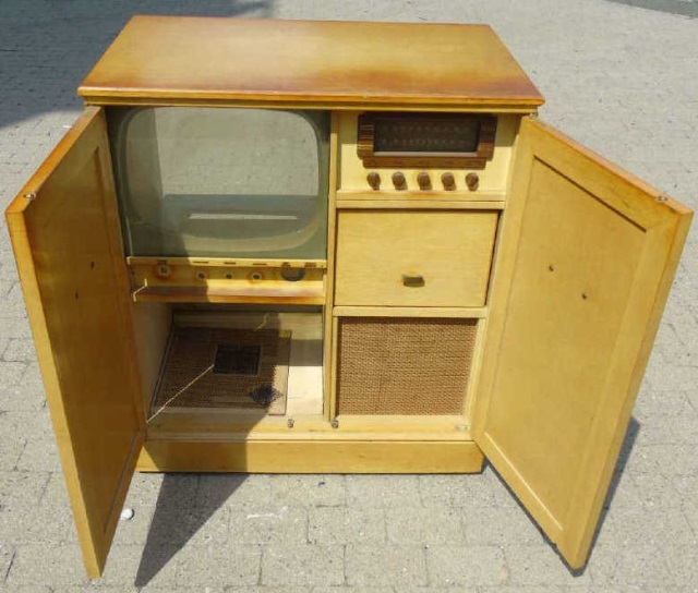 Mid Century Entertainment Unit Electronic Cabinet