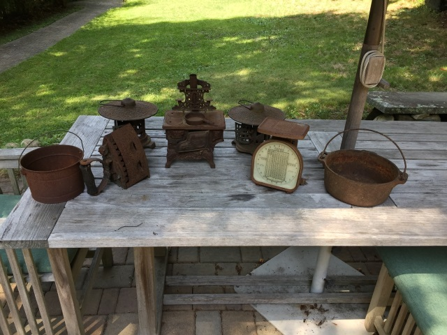 Antique Cast Iron Garden / Outdoor Pieces