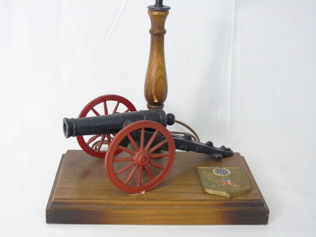Vintage American Cannon Model Mount Table Lamp