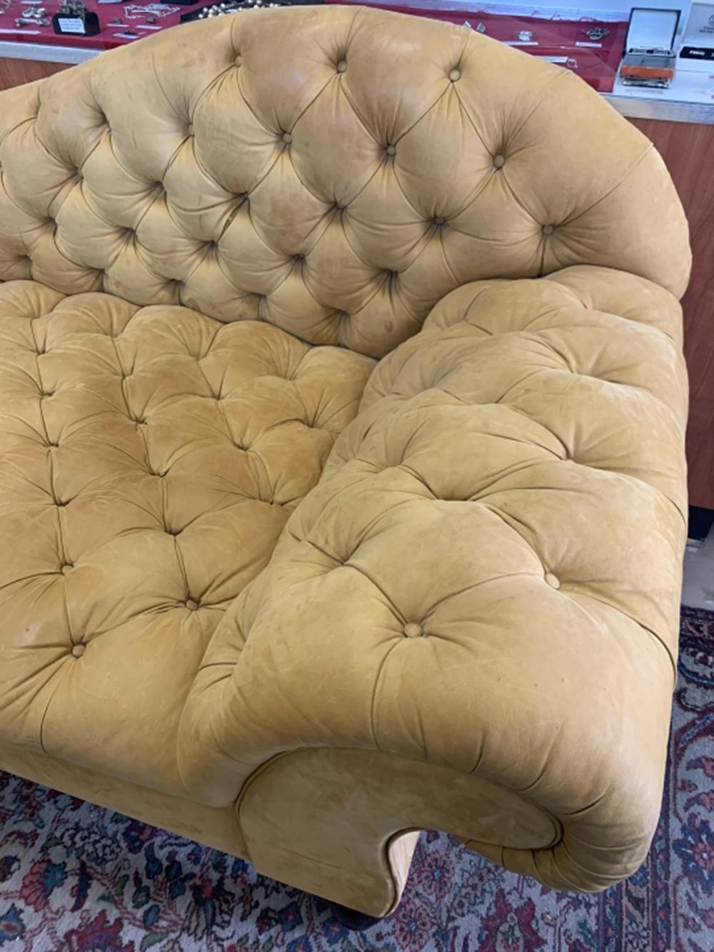 Chesterfield Style Leather Fainting Couch Sofa