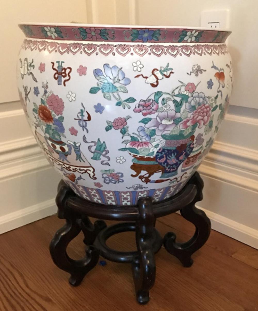 Hand Painted Chinese Porcelain Goldfish Bowl