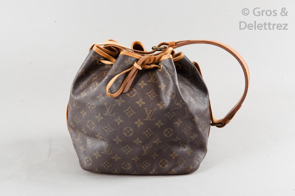 e244f7056d00c Sac Louis Vuitton Petit Noe Monogram