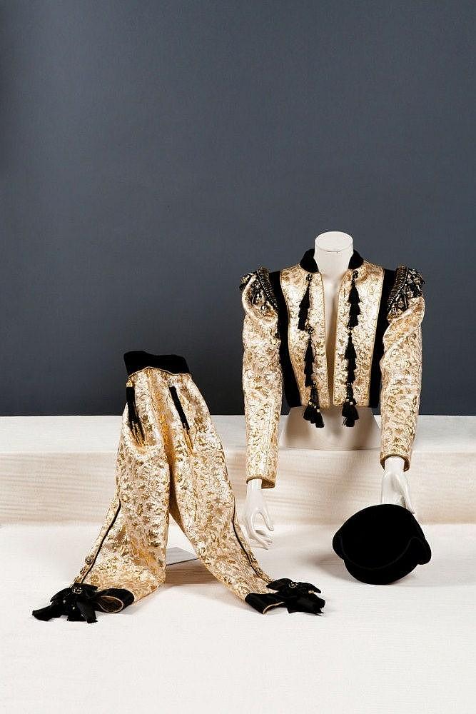 Yves SAINT-LAURENT haute couture n°46 615  Automne-Hiver 1979-1980