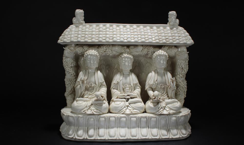 An Estate Chinese Tir-Fortune Blanc de Religious Buddha Statue