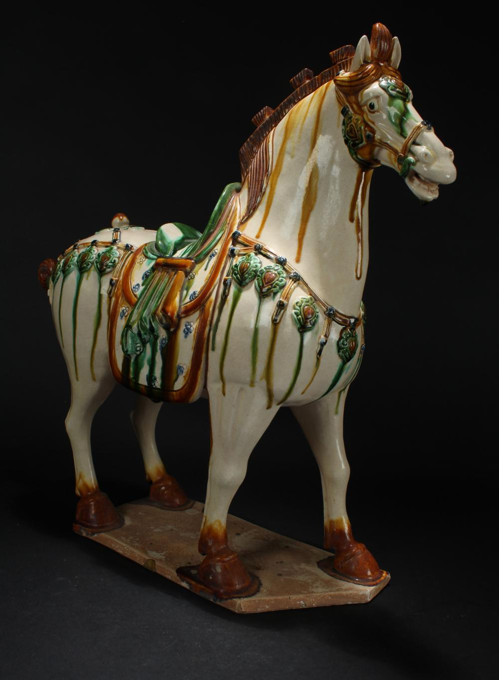 A Chinese Tri-podded Funeral-ritual Horse Portrait Statue