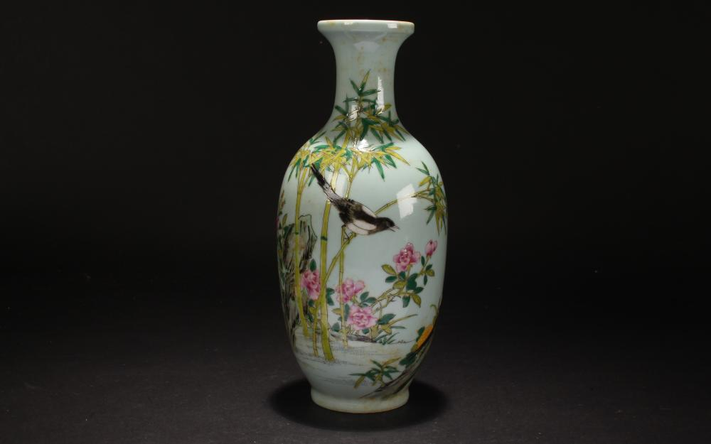 A Chinese Nature-sceen Estate Fortune Porcelain Vase