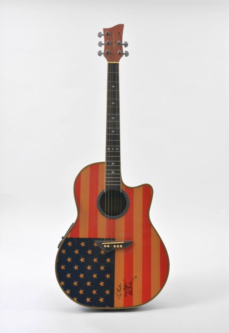 american flag guitar signed by les paul to paul simon. Black Bedroom Furniture Sets. Home Design Ideas