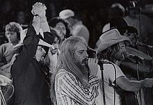 Willie Nelson Sharing the Spotlight