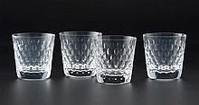 Collection de 5 verres à whisky en cristal taillé de Saint-Louis, modèle Cléopâtre