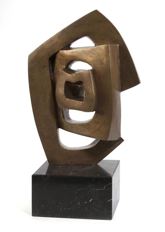 André DELESSERT (1923-2010), Circuit, bronze, H. 37 cm (hors socle)