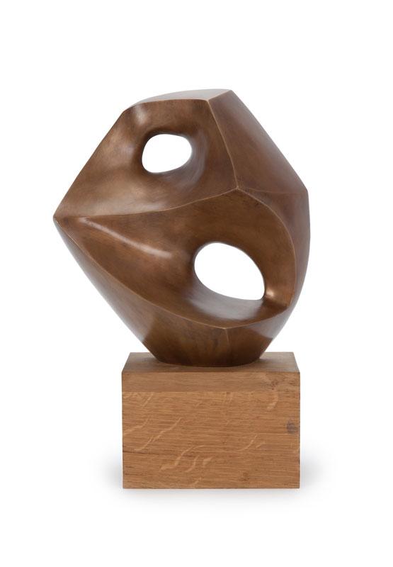 André DELESSERT (1923-2010), Deux trous, bronze, H. 28 cm (hors socle)