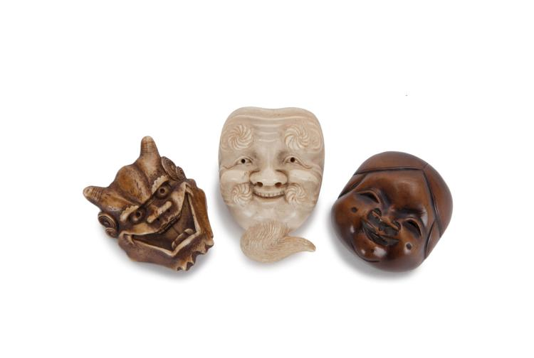 3 netsuke représentant des masques, Japon, époque fin Edo ou Meiji, tailles diverses