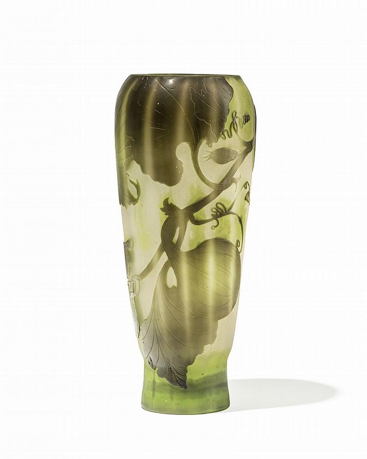 Vase balustre en verre multicouche signe galle a decor ver - Decoration vase en verre ...