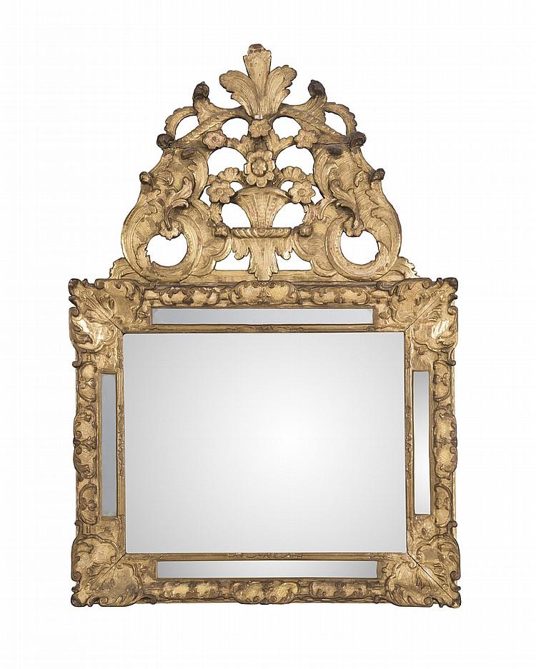 Miroir a parclose d 39 epoque regence en bois dore et sculpte for Miroir au mercure
