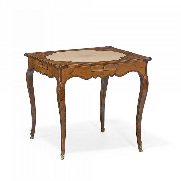 Table a jeux d epoque Louis XV, en placage de bois de rose et bois de  ~ Table Bois Ceramique