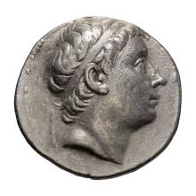 Syria  Antiochus III; Tetradrachm  223-187 BC. Antioch on the Orontes  Series I  c. 223-211/10 BC  16.910. VF.