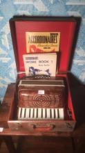 Acmette accordian of
