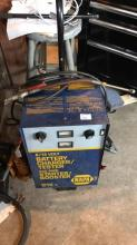 6/12 battery charger tester with 450 amp starter/booster