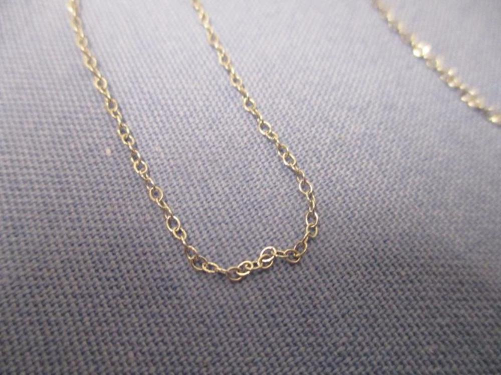14 Karat White Gold Necklace, Total Weight: 1 Gram
