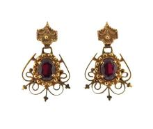 Antique 14K Gold Red Stone Dangle Earrings