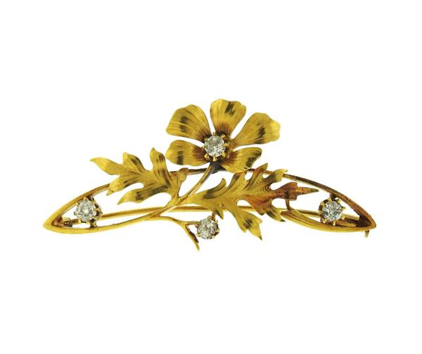 Art Nouveau 18k Gold Diamond Flower Brooch Pin