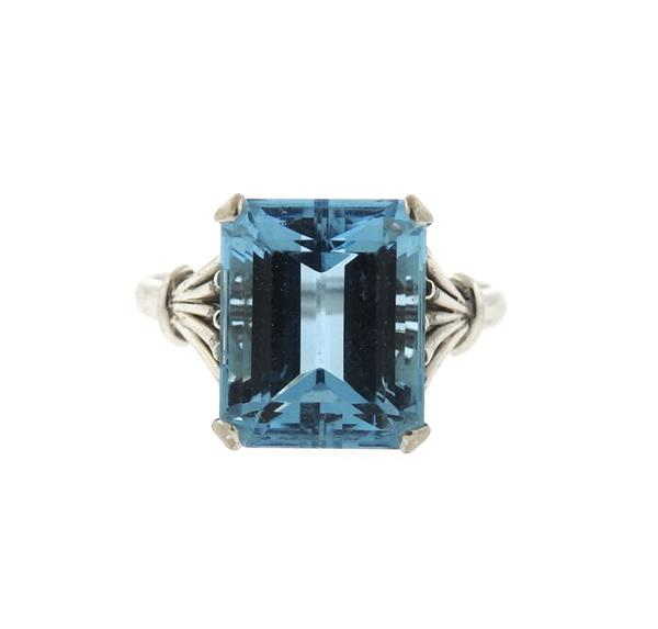 14K Gold 17ct Aquamarine Ring