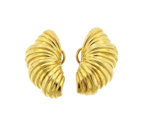 1980s Tiffany & Co 18K Gold Shell Motif Earrings
