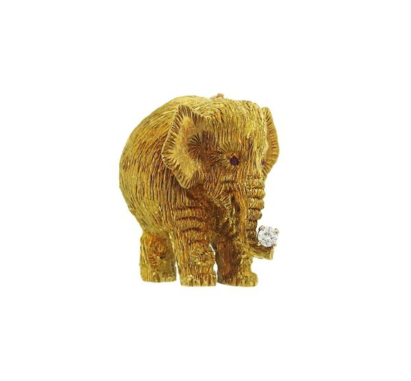 Maurice Guyot 18k Gold Diamond Elephant Brooch Pin