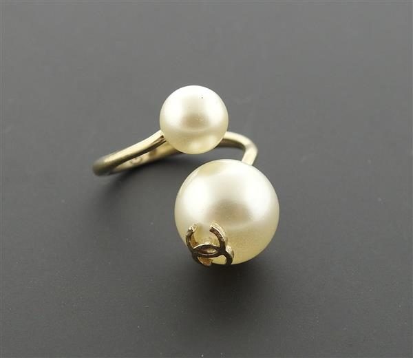 Chanel Costume Pearl Bypass Ring