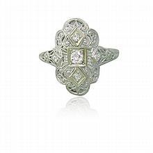 Art Deco 18k Gold Filigree Diamond Ring