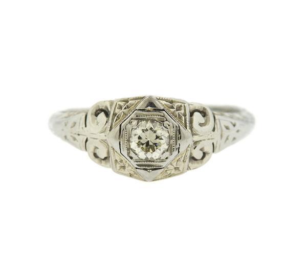 Art Deco 18K Gold Diamond Filigree Ring