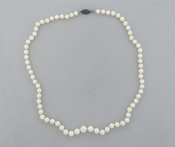 Sterling Silver Graduated Pearl Necklace