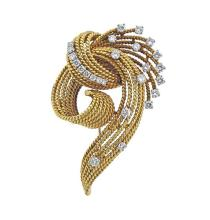 18K Gold Diamond Leaf Brooch