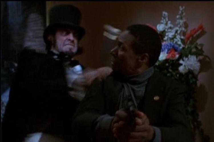Lot 146: Wishmaster (1997) - Jack the Ripper Skull Cane Norman Cabrera