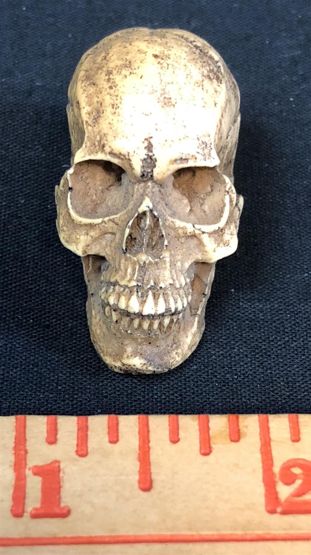 The Lord of the Rings: The Return of the King (2003) - Miniature Skull