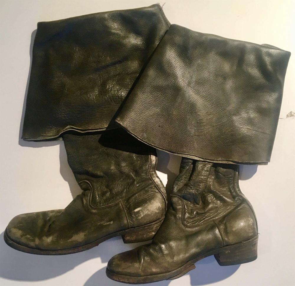 Pirates of the Caribbean: On Stranger Tides (2011) - Pirate Boots - Lot A