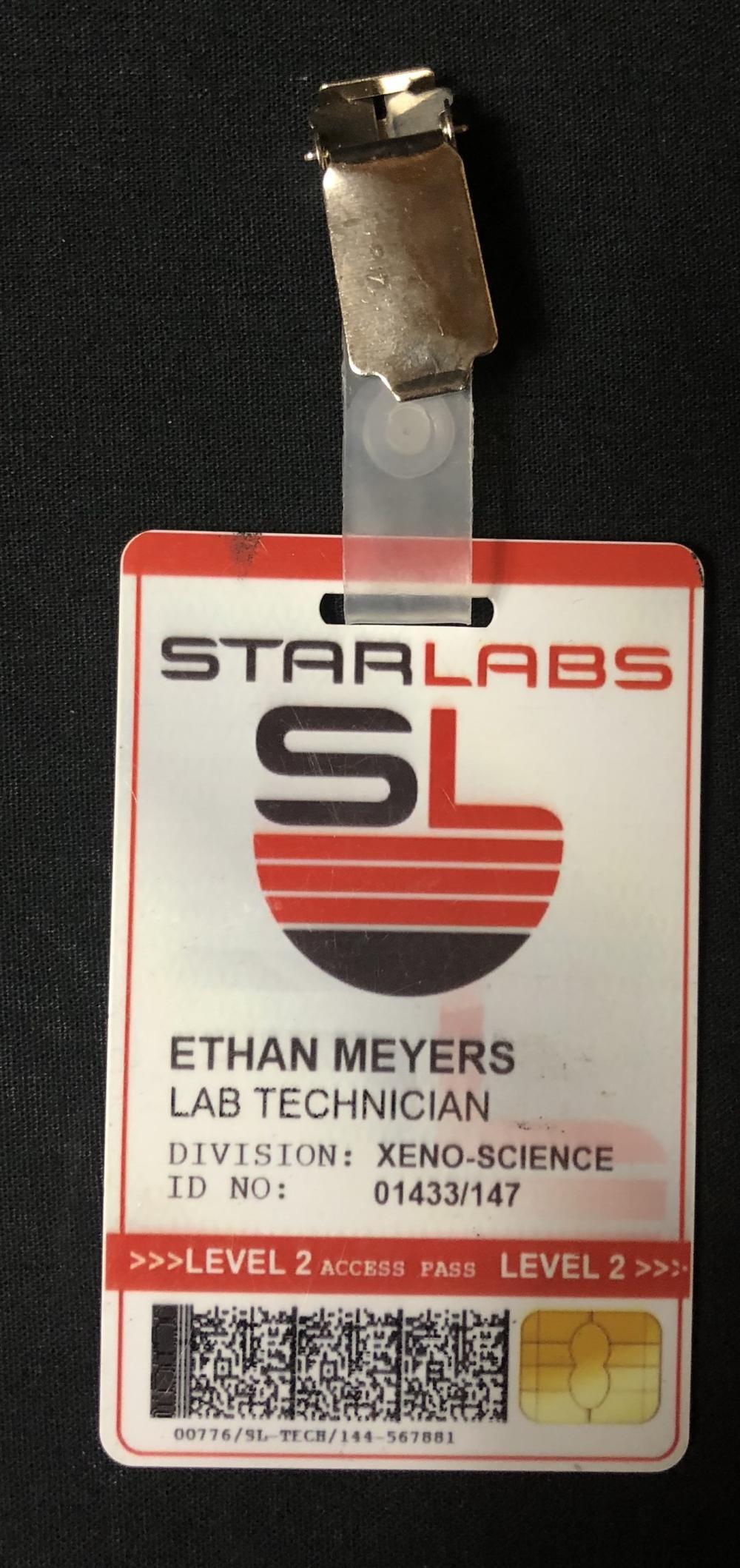 Lot 148: Batman v Superman: Dawn of Justice (2016) - Starlabs Lab Technician Badge